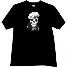 Skull in cap T-shirt in black